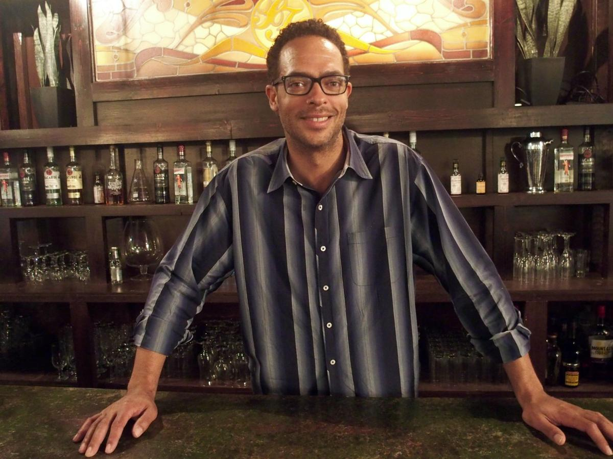 3-course interview: bartender Daniel Victory_lowres