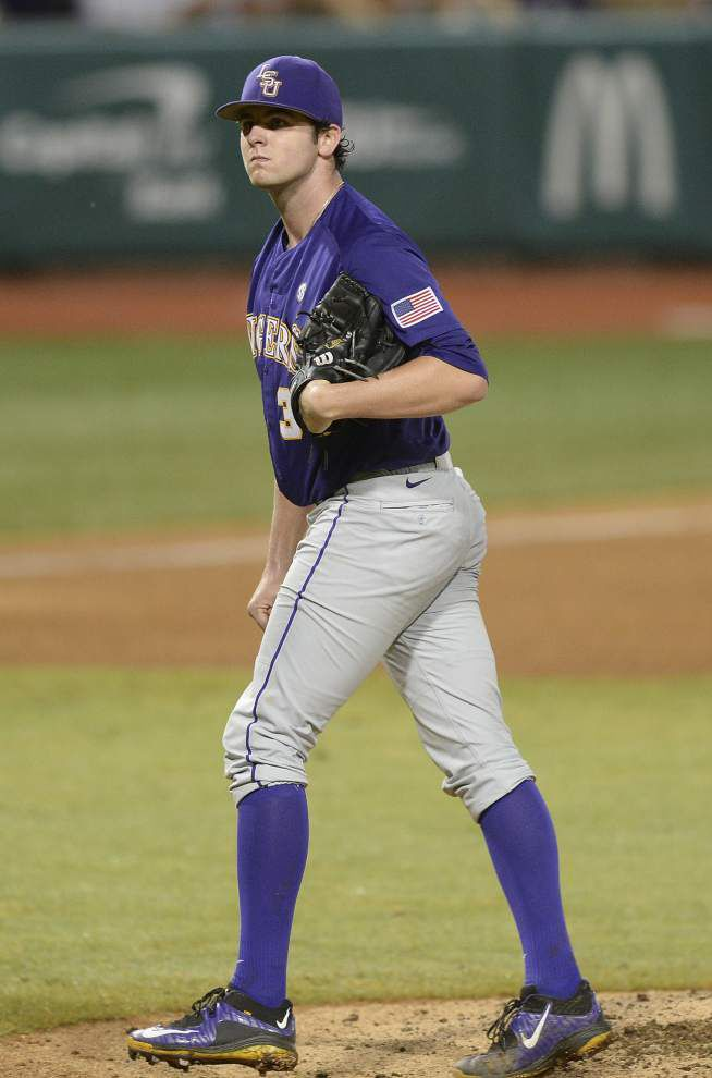 With its season on the line, LSU turns to ace Alex Lange and his game-changing curveball _lowres