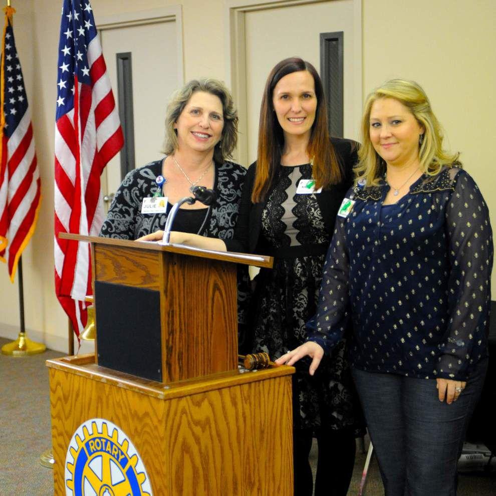 Lane representative speaks to Rotarians _lowres
