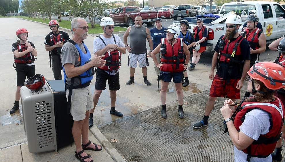 Katrina disaster response experts lead Gonzales animal rescue training _lowres