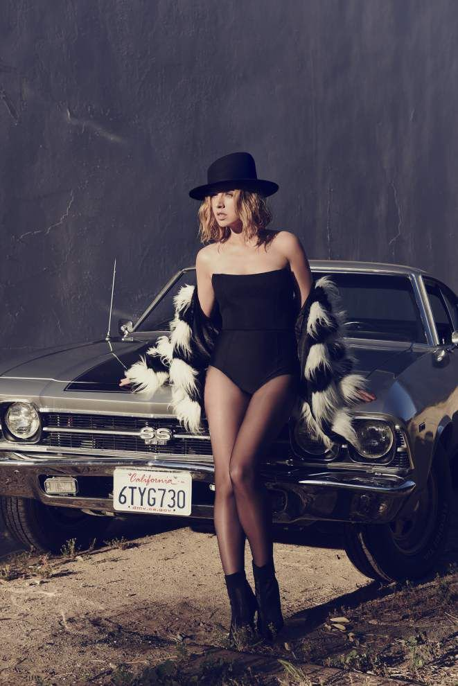 ZZ Ward's soulful voice propels a second album _lowres
