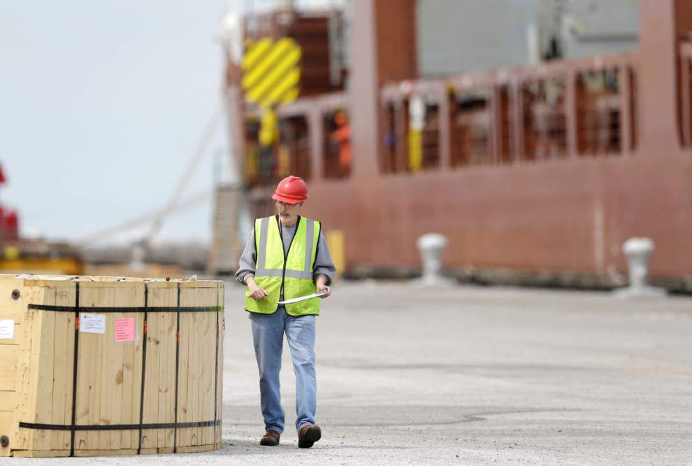 U.S. trade deficit drops to $44.4 billion in May _lowres