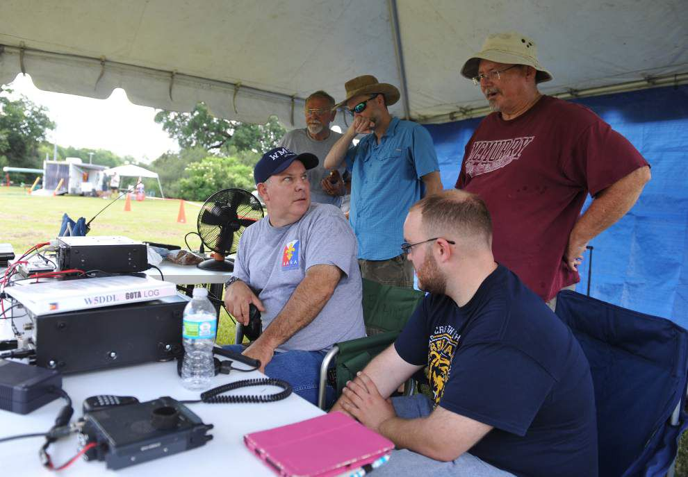 Acadiana ham radio operators reach out to kindred spirits in world of short-wave radio _lowres