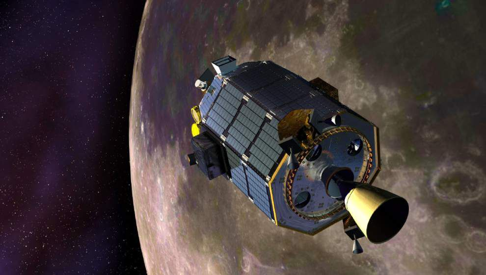 NASA's moon-orbiting robot crashes down as planned _lowres