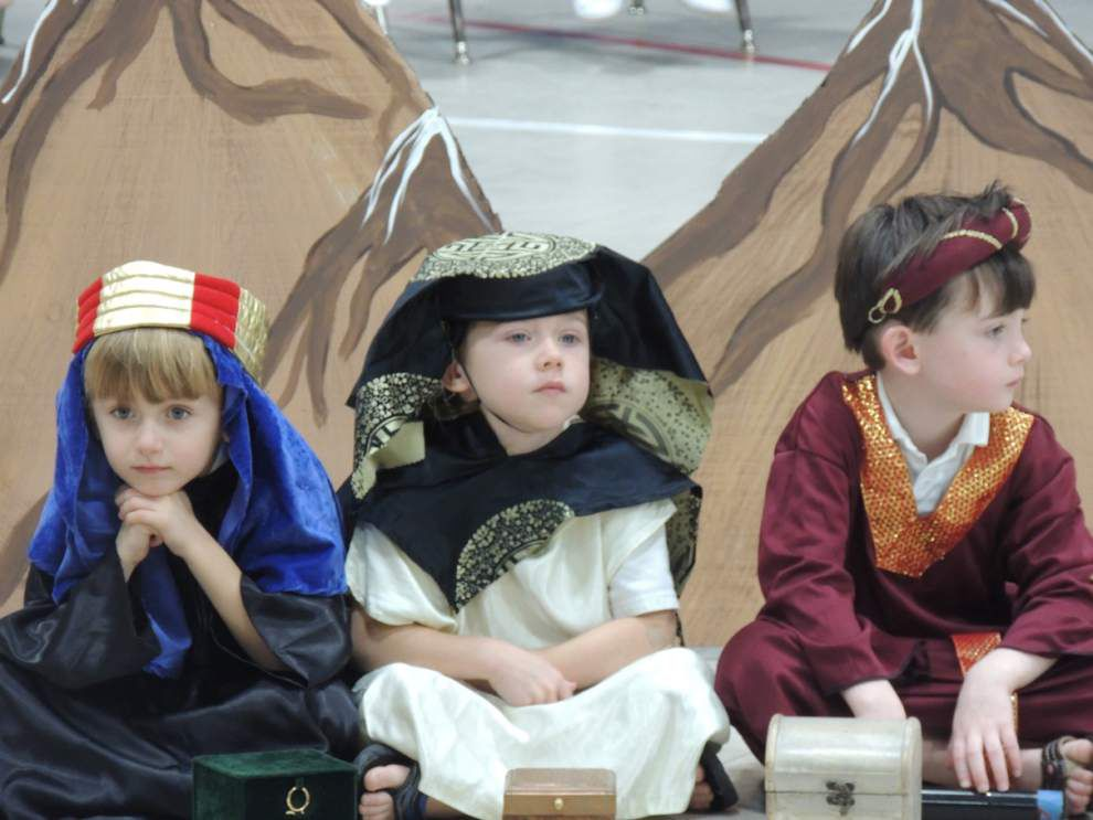 Kindergartners share tale of 'The First Christmas' _lowres