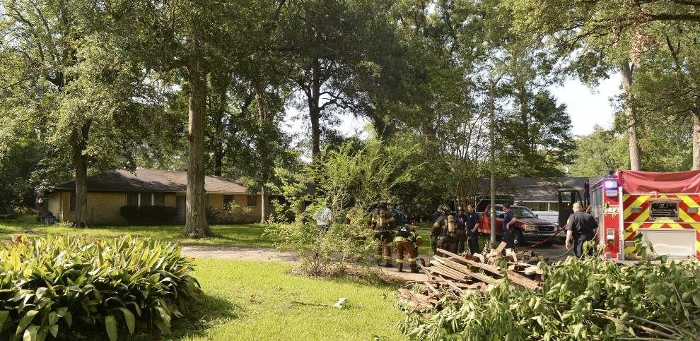 Electrical short sparks fire at vacant house on Summit Ridge Drive in Baton Rouge _lowres