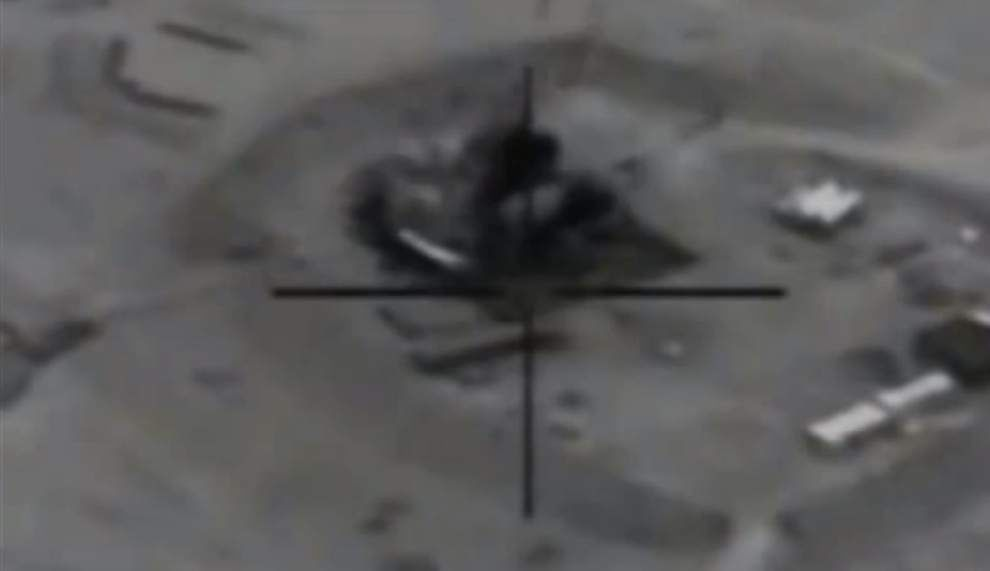 U.S.-led strikes hit Islamic State group oil sites for second day _lowres