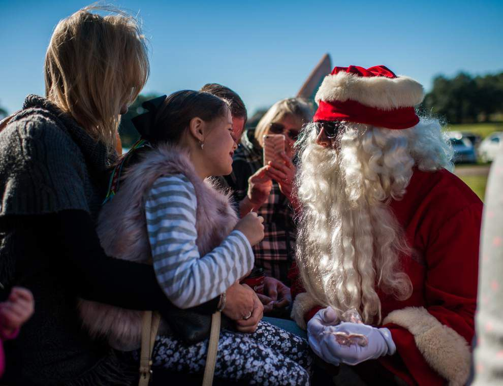 Photos: Santa offers sleigh rides at Lafayette Farmers Market _lowres