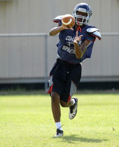 Comeaux's Hunter Register makes his mark on offense, defense, special teams _lowres