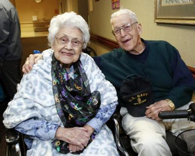 Algiers couple marks 73rd anniversary _lowres