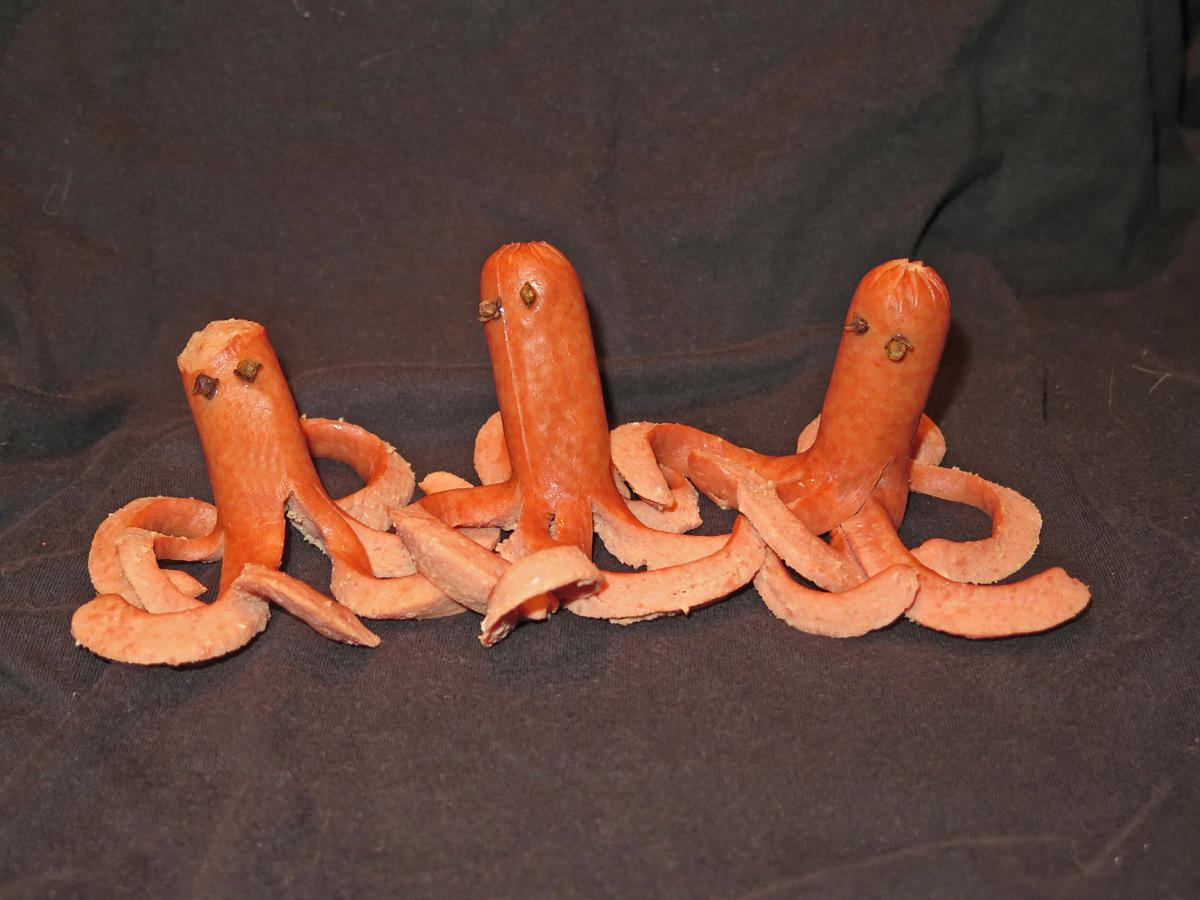 OctopusHotdogs03.jpg