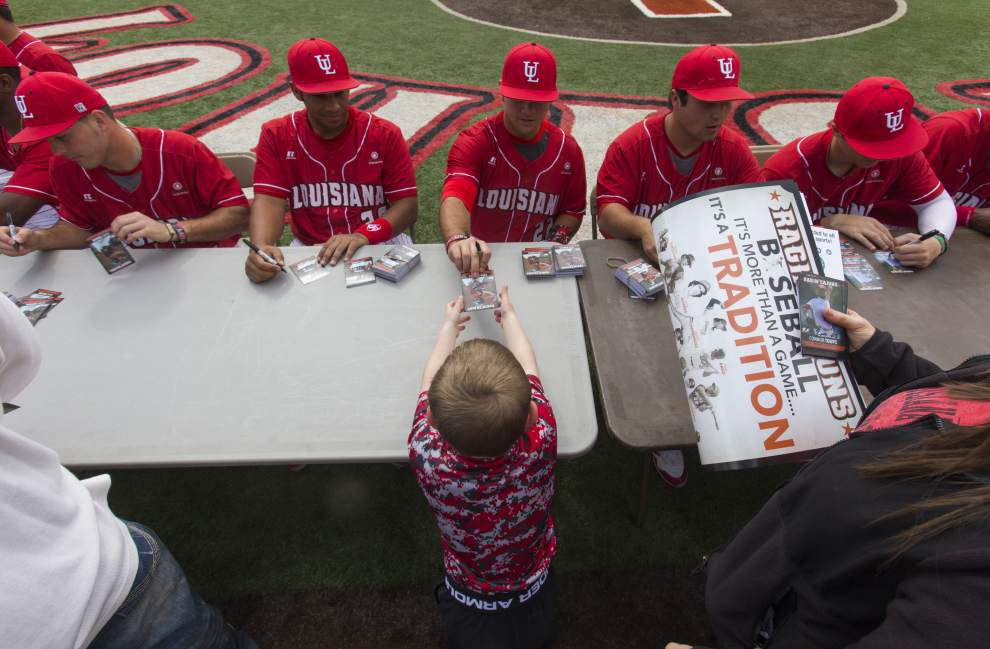 Johnson: This year's Ragin' Cajuns baseball squad — clean-shaven all around — is out to blaze its own trail _lowres