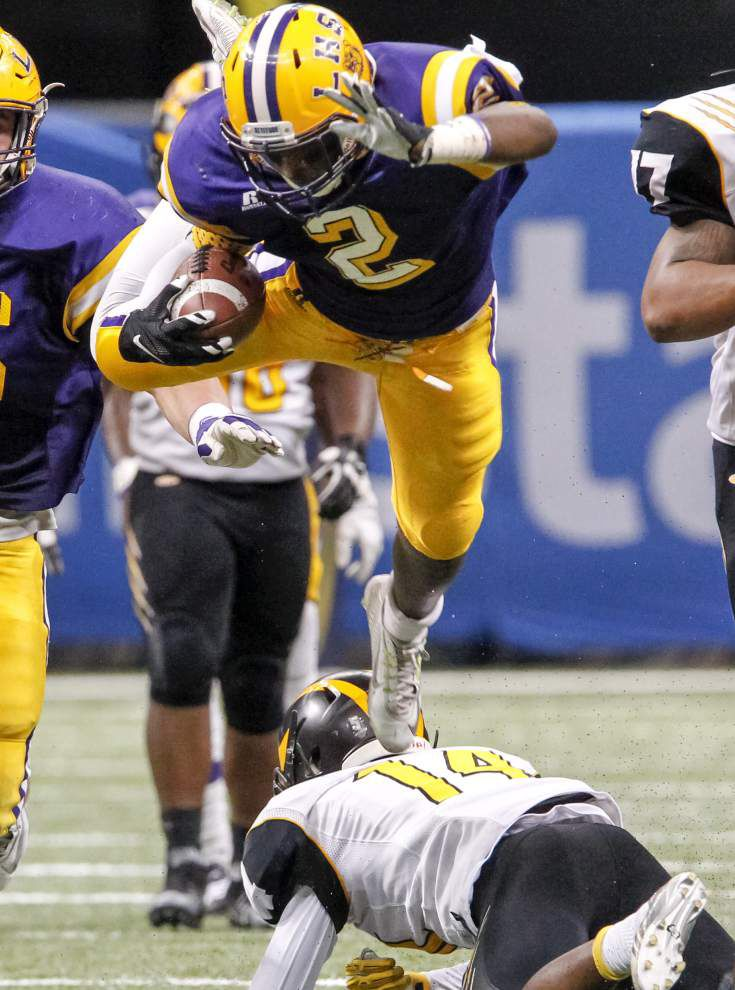 Lutcher routs St. James for seventh state championship _lowres