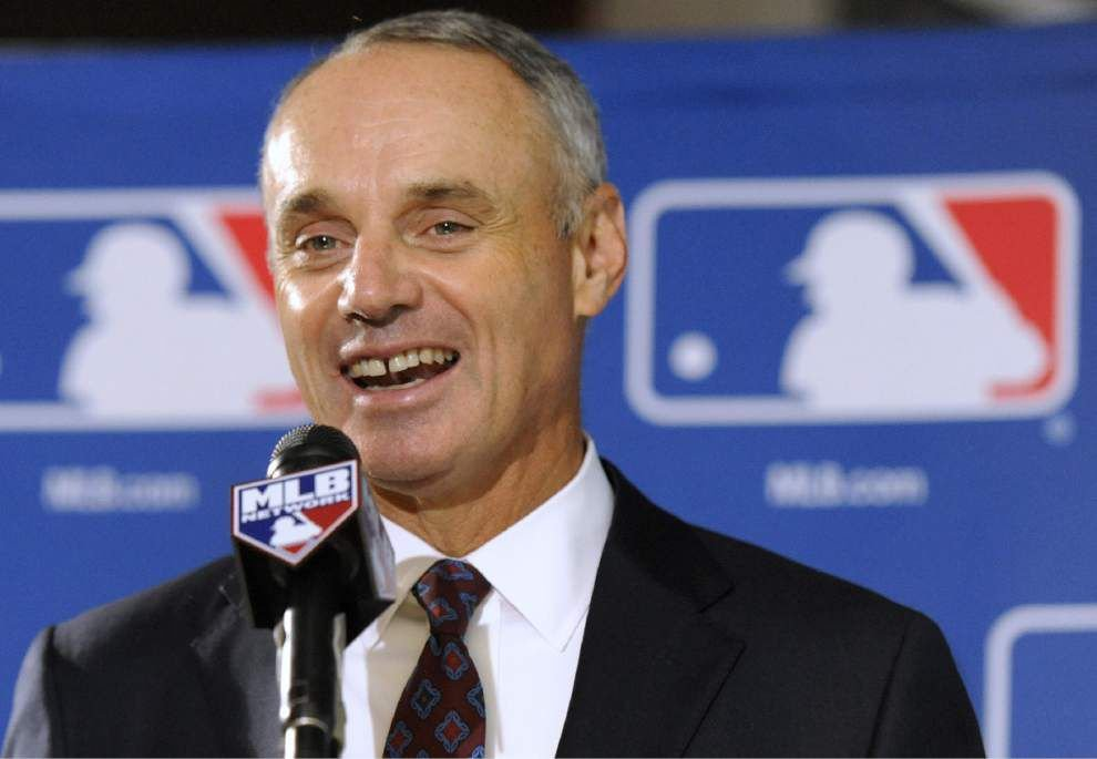 Manfred given 5-year term as head of MLB _lowres