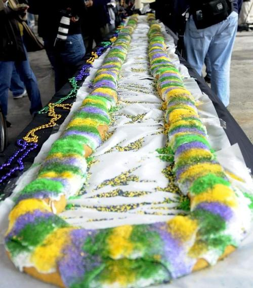 Wall Street Journal: Why your king cake is missing the baby _lowres