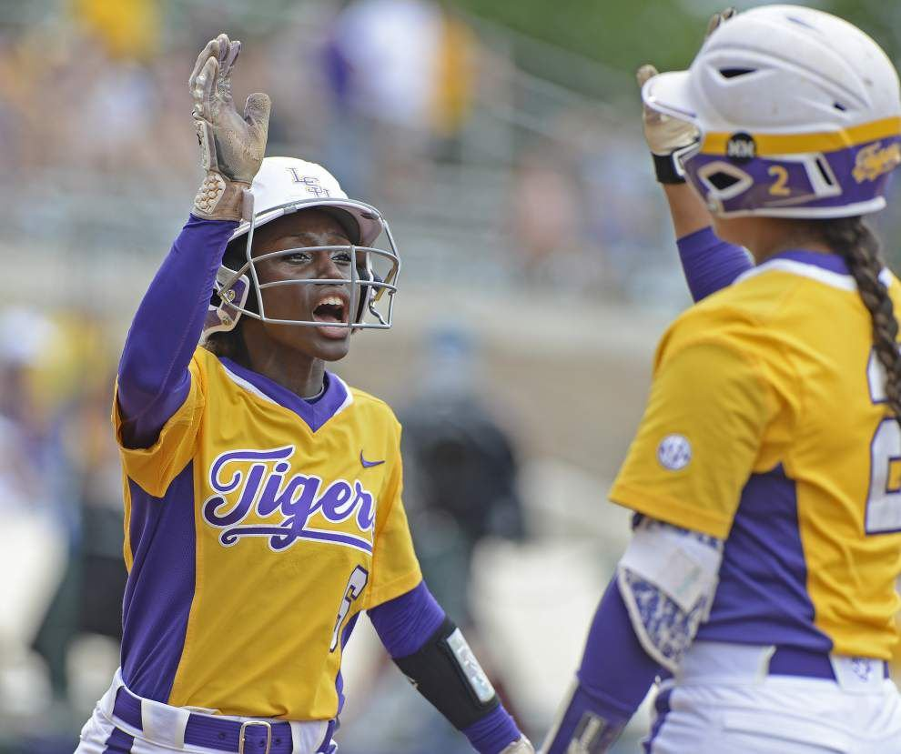 LSU seniors recall improbable run to 2012 Women's College World Series _lowres