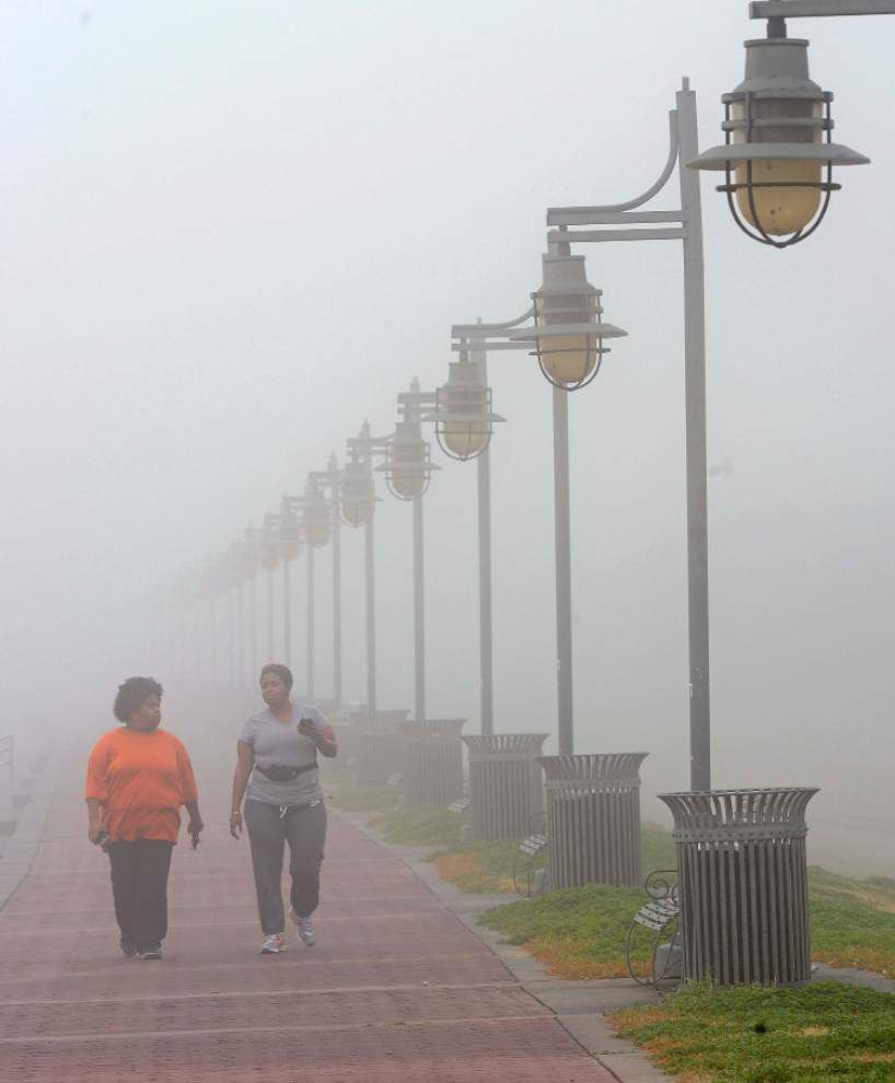 Photos: Thick fog blankets Baton Rouge, New Orleans, provides unique scenes of state Capitol, Mississippi River _lowres