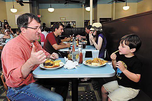 New Orleans Kids Restaurants_lowres