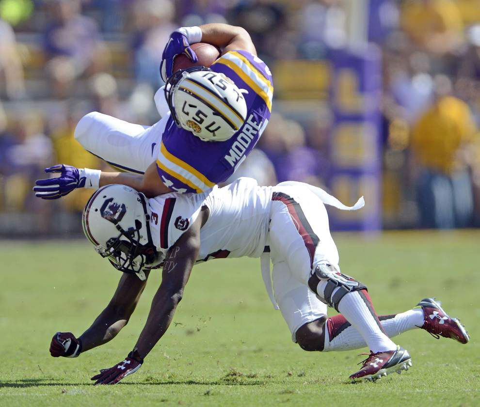Fullback JD Moore questionable after knee injury, but LSU inching closer to full health as a team _lowres