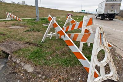 Some roads reopening; I-10 won't reopen until Thursday _lowres