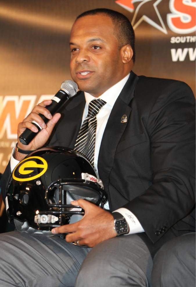 Back at Grambling, Broderick Fobbs aims to keep the past in the past _lowres