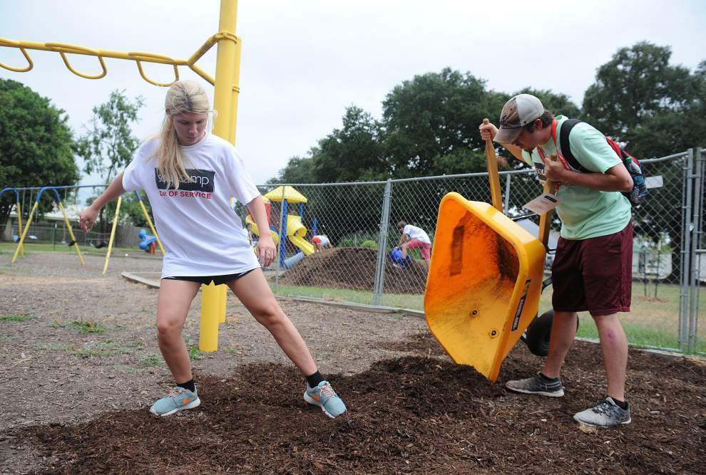 Incoming freshmen at UL-Lafayette give back to community through SOUL Camp projects _lowres