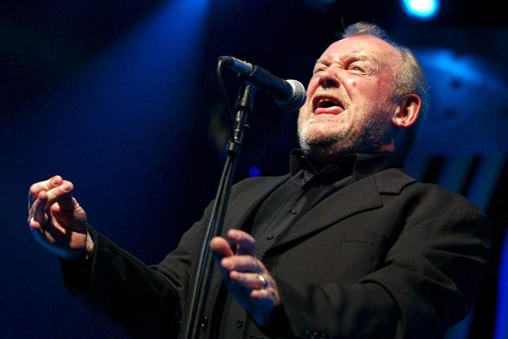 British singer Joe Cocker dies at age 70 _lowres