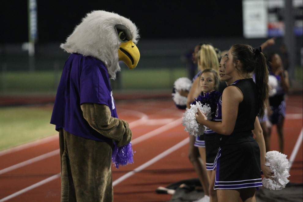 Dutchtown Griffins lose heartbreaker to Zachary Broncos 44-34 _lowres
