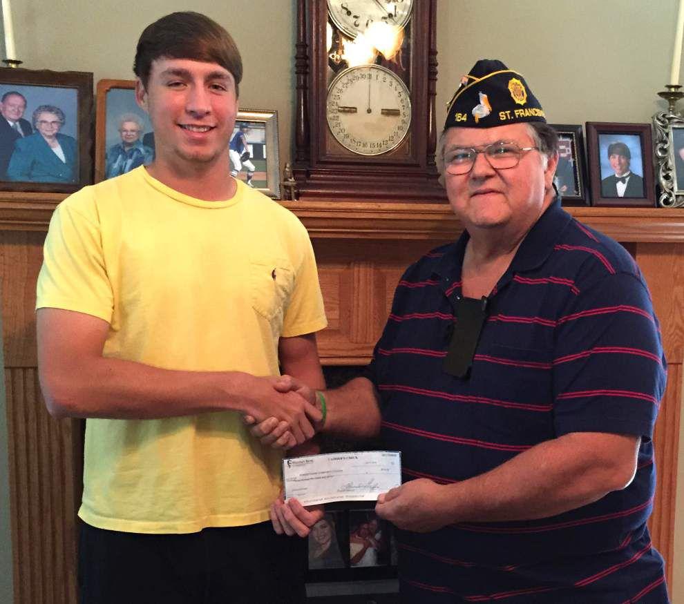 Pohlman receives American Legion scholarship _lowres