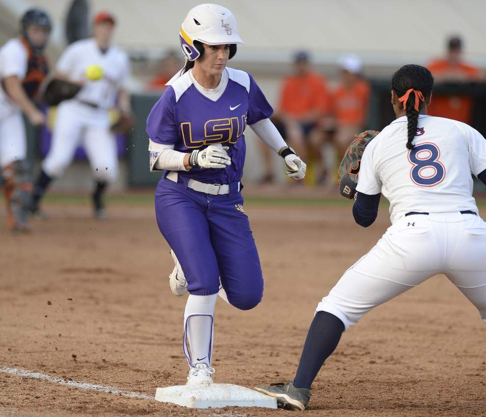 LSU's Sandra Simmons' bat coming alive at just the right time _lowres