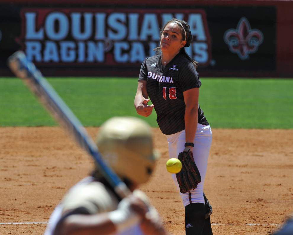Even without their star slugger, Cajuns go deep three times to complete a softball sweep of Texas State _lowres