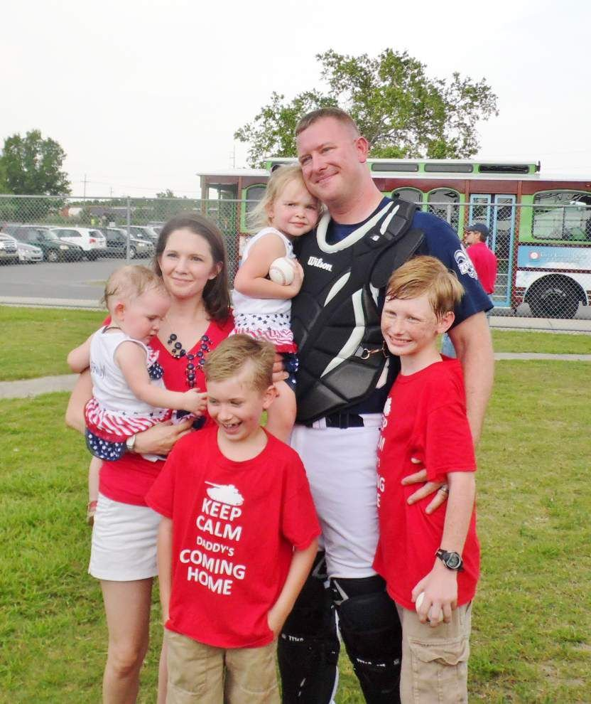 Out of the park: Covington family surprised as dad returns from Kuwait _lowres