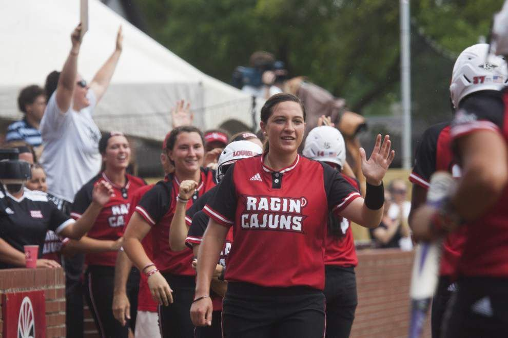 'Hit parade' in 12-run inning helps Ragin' Cajuns softball team sweep out Baylor _lowres
