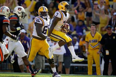 Rabalais: Leonard Fournette is the Heisman frontrunner; here's what he has to do to stay there _lowres