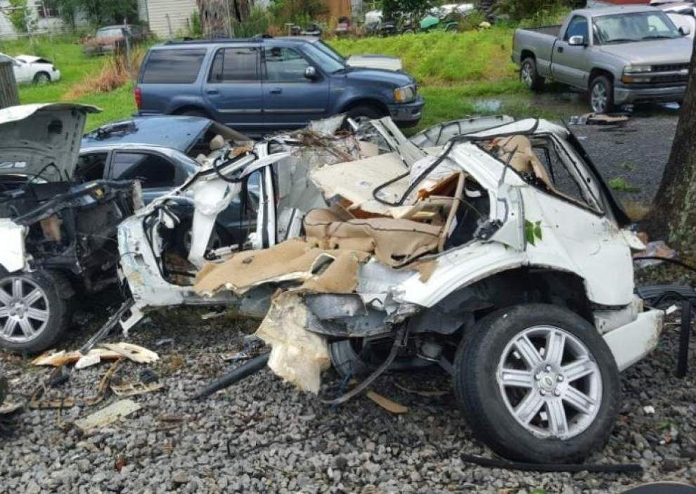 Two Baton Rouge siblings on way to funeral in White Castle die after train slams into their SUV _lowres