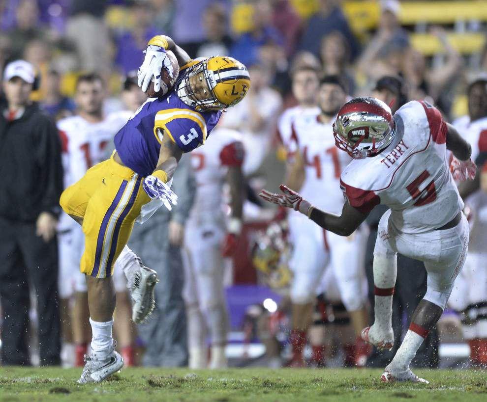 'Enjoy your moment': LSU freshman WR Tyron Johnson gets first collegiate touchdown under his belt _lowres