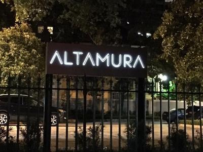 Close Garden District Italian Restaurant Altamura To Lowres