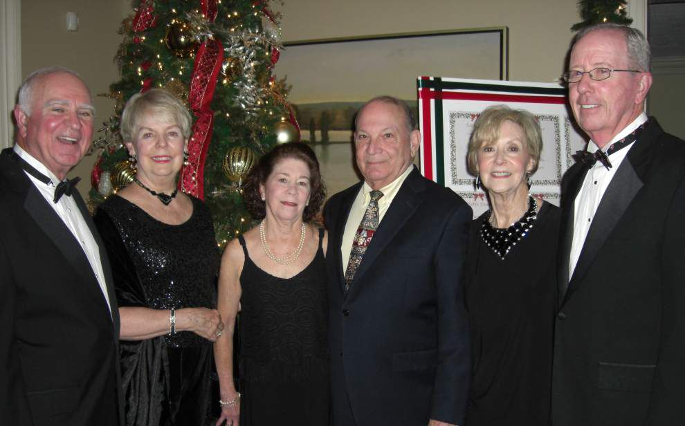 Pam's Party Line: Ringing in the holidays _lowres