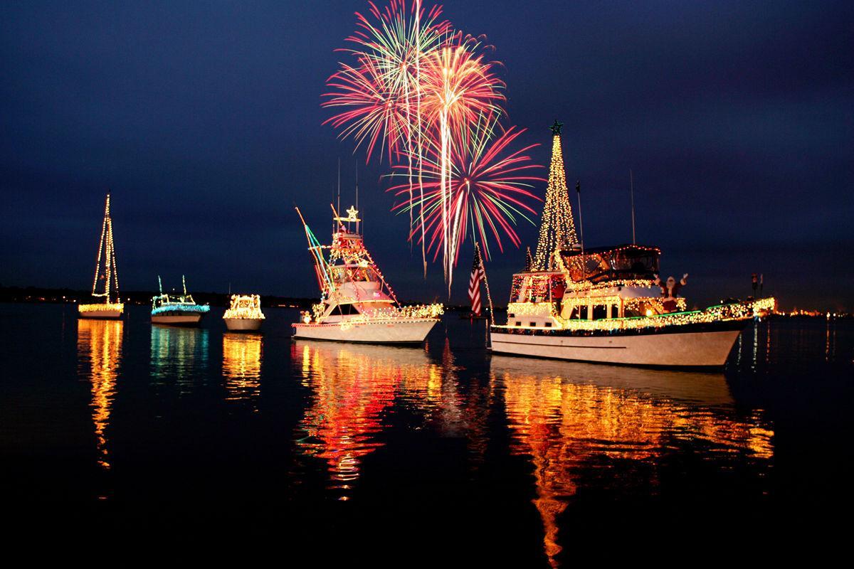 Lighted Boat Parade (6).jpg