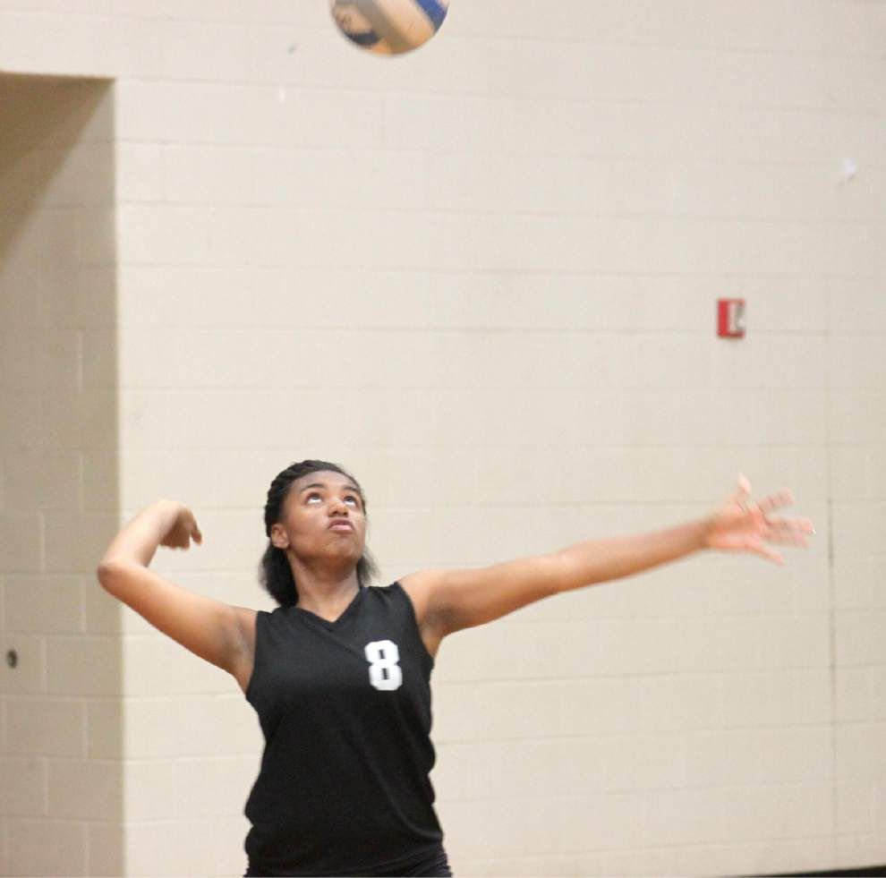 Lady Vikings gear up for game days _lowres