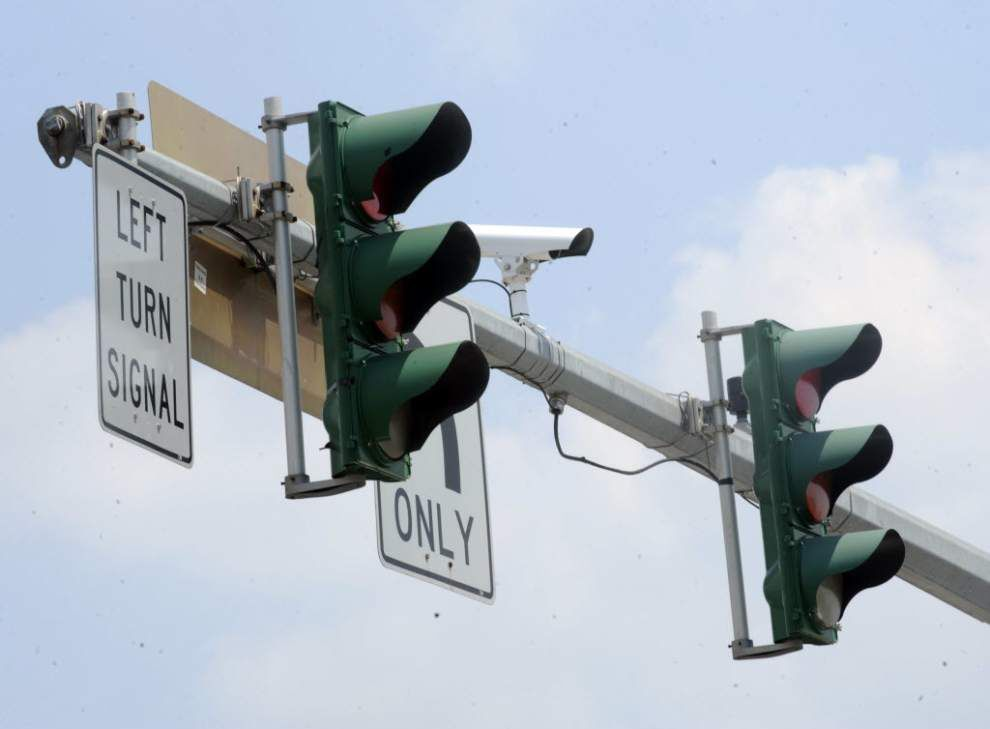 'Cash grab?' Only about half pay under Baton Rouge's red light camera honor system _lowres (copy)