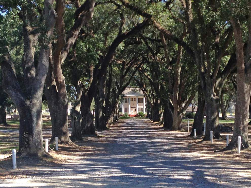 Prairieville cemetery focus of lawsuits, regulatory scrutiny _lowres