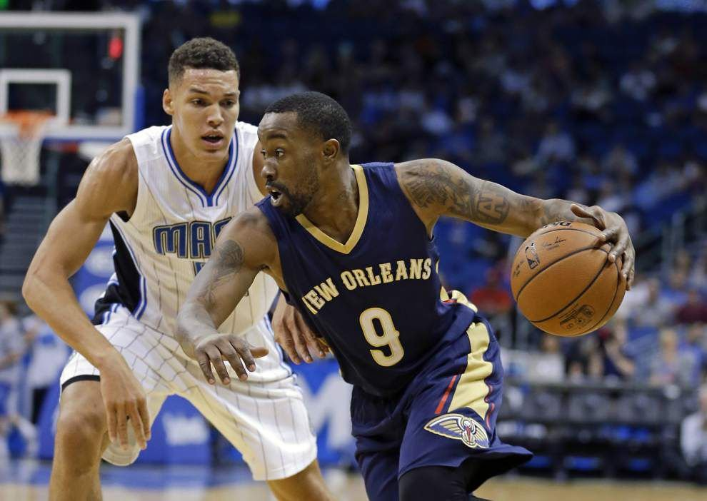 Lewis: Bo McCalebb's basketball travels land him — for a few weeks —in the NBA with his hometown New Orleans Pelicans _lowres