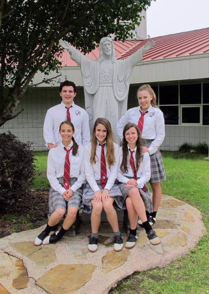 St. Thomas Aquinas elects council officers _lowres