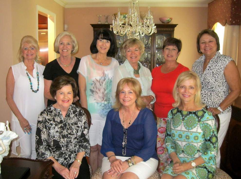 Cancer Crusaders make plans for fundraising luncheon _lowres