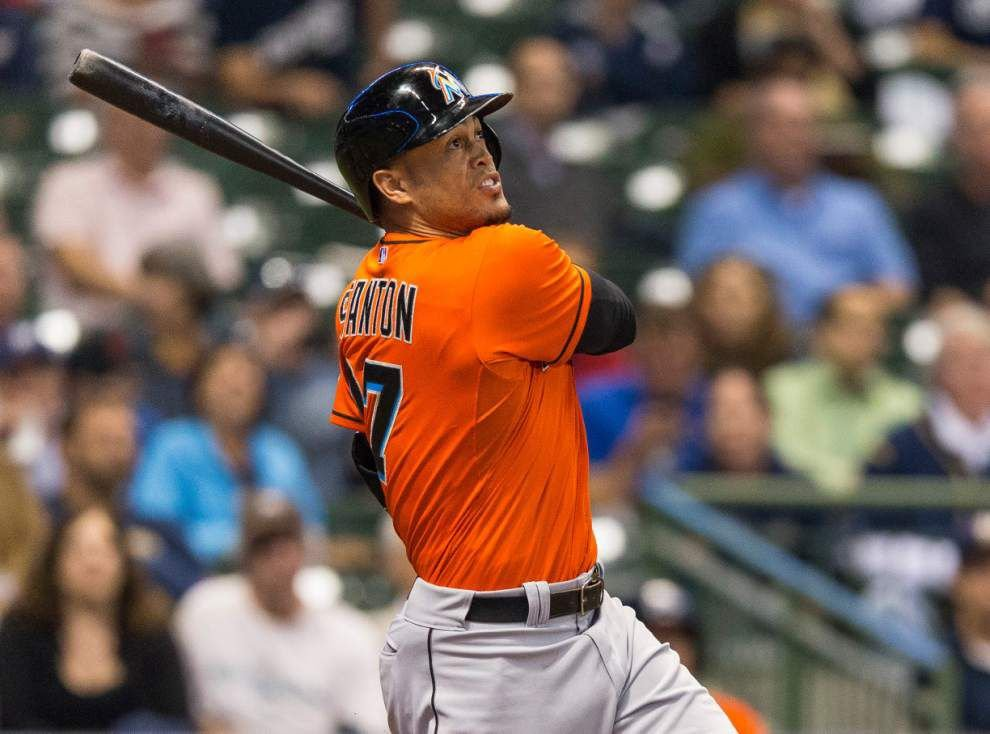 Marlins' Giancarlo Stanton cashes in with $325 million deal _lowres