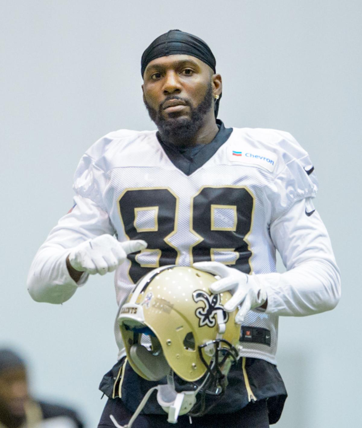 1da65b06 Saints' Dez Bryant officially placed on IR, ending ill-fated run in New  Orleans