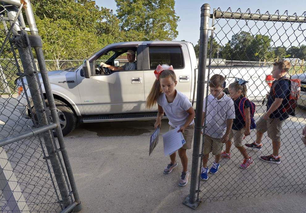 Superintendent visits Livingston schools on first day _lowres