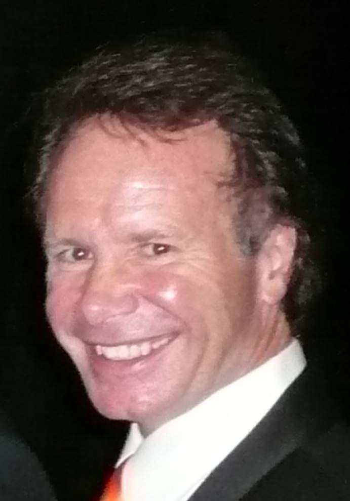 Disbarred lawyer seeks re-instatement _lowres