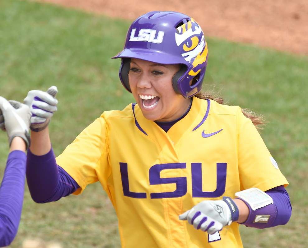 Many ways to win: LSU softball team showed its versatility in Baton Rouge regional sweep _lowres